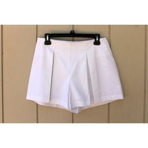 Peter Millar Tennis Skirt/Short Size 8 $98 NEW Wht
